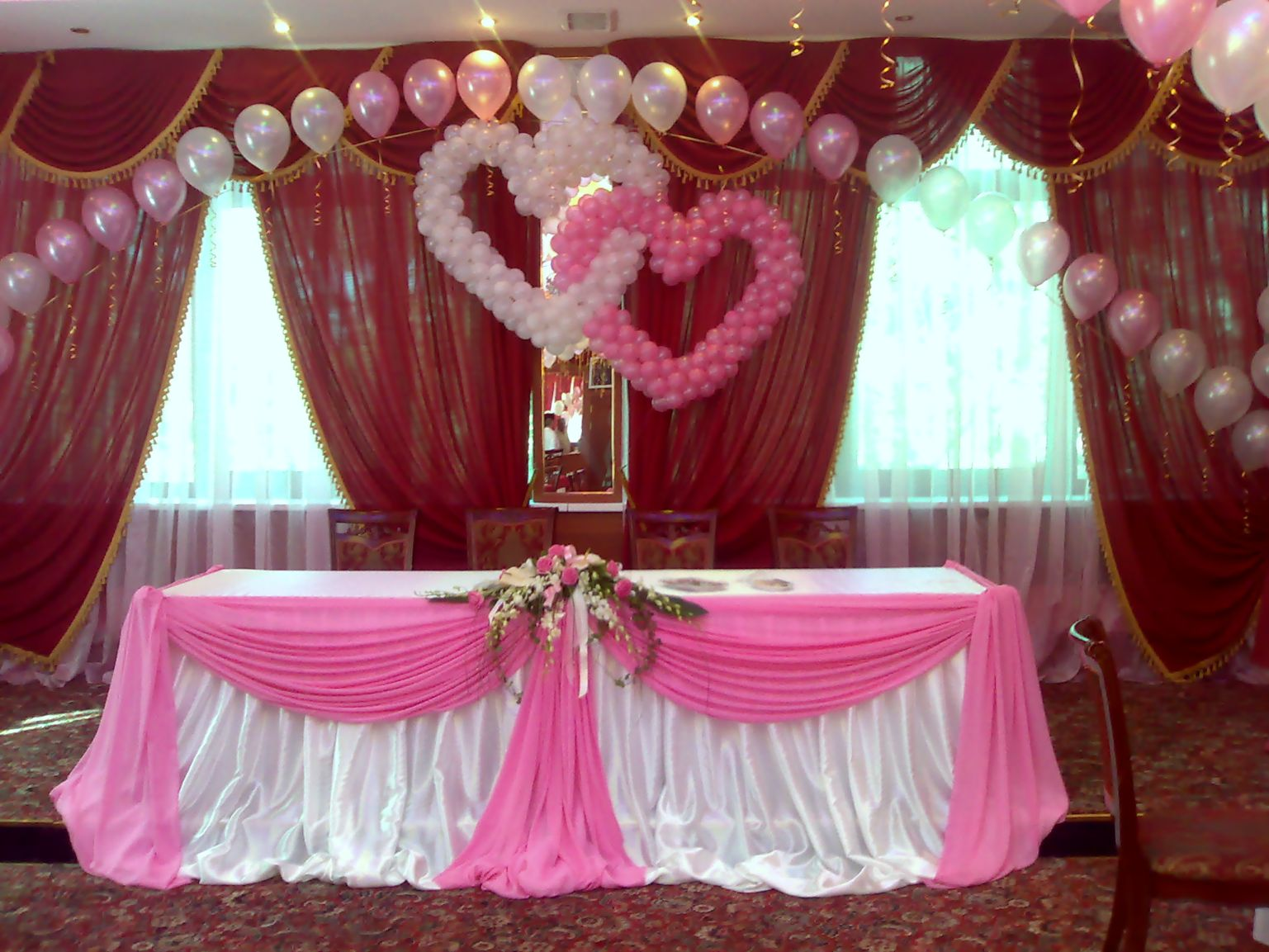 Украшения из шаров свадебного зала своими руками 58